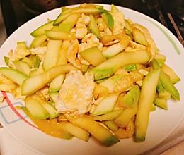 家常菜-鲜嫩脆香的小南瓜炒鸡蛋的做法