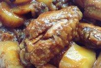 红烧鸡翅土豆的做法