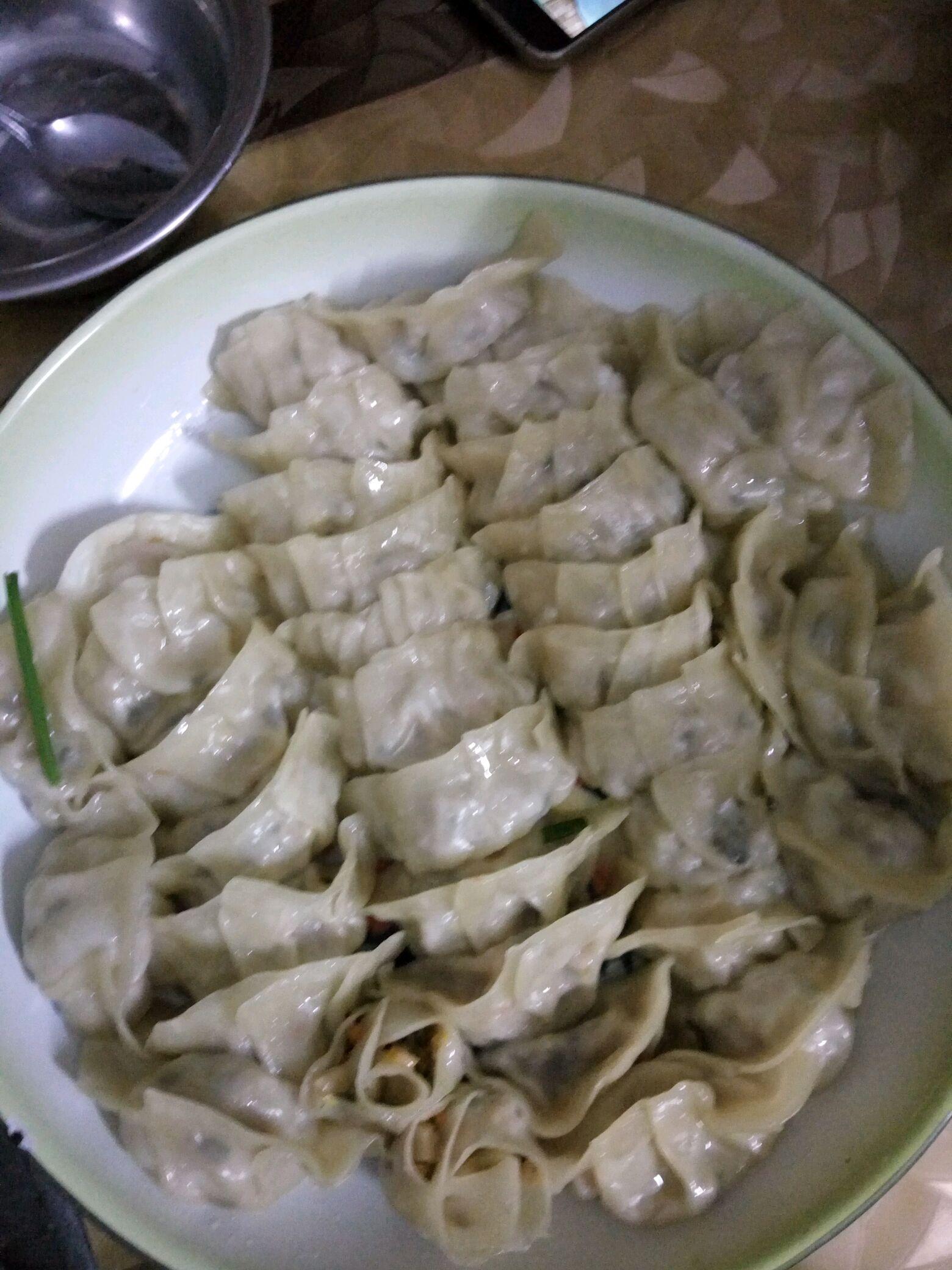 猪肉饺子的做法步骤