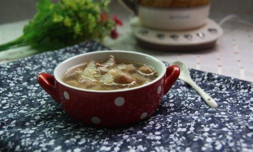 【秋季润肺】雪梨川贝瘦肉汤的做法