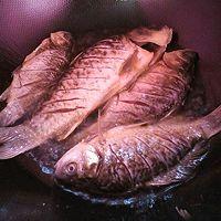 下饭菜~红烧鲫鱼。的做法图解4