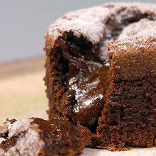 巧克力熔岩蛋糕|美食台