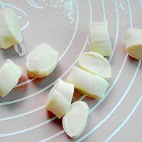 玉米马蹄猪肉饺子的做法图解12