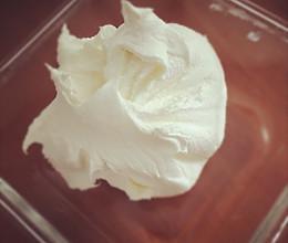 消耗淡奶油终极大招—自制马斯卡彭的做法