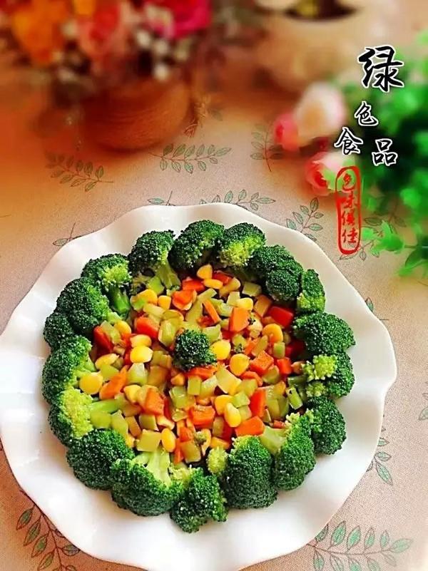 西兰花彩蔬丁