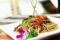 中式黑椒牛柳意大利面的做法
