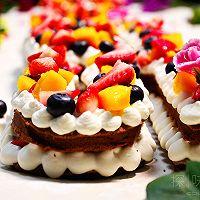 情人节专场:COUSS字母水果蛋糕