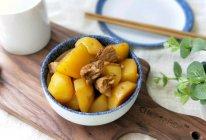 小土豆油焖五花肉的做法