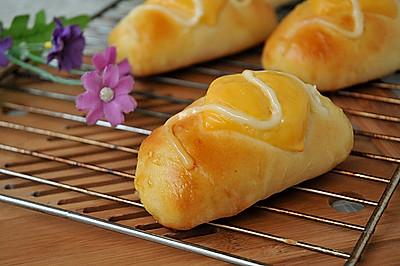 肉松芝士小面包