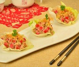 生菜包红肠虾松的做法