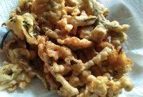 炸香椿鱼,茉莉芽的做法