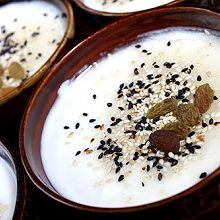 芝麻酸奶冻