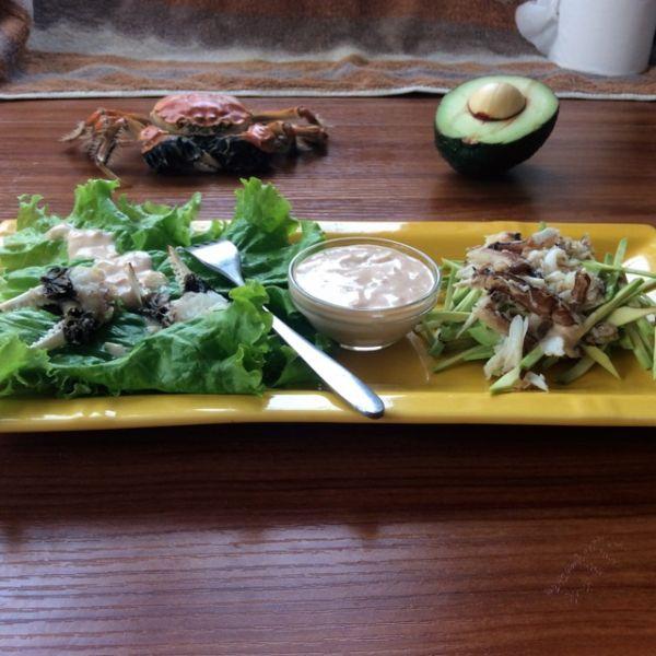 河蟹牛油果沙拉的做法