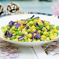 创意菜–紫甘蓝松仁玉米的做法图解7