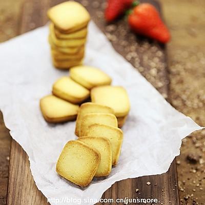 极简风炼奶小饼干