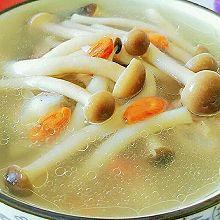 茶树菇枸杞排骨汤#蔚爱边吃边旅行#