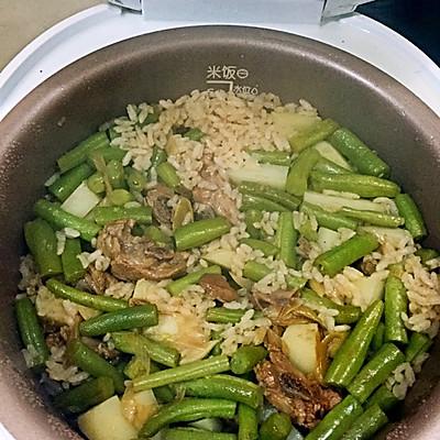 蒜香叉烧排骨煲仔饭(懒人版)