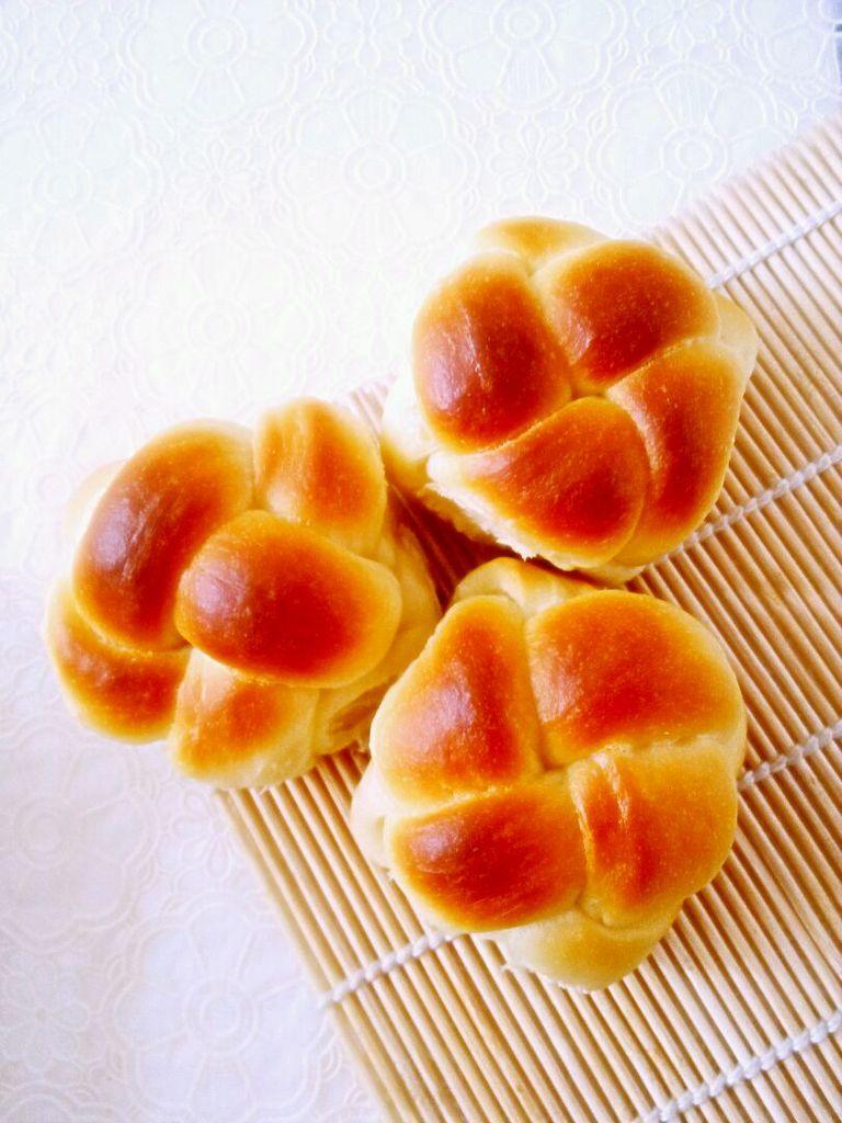 花式绣球面包的做法_【图解】花式绣球面包怎么做如何