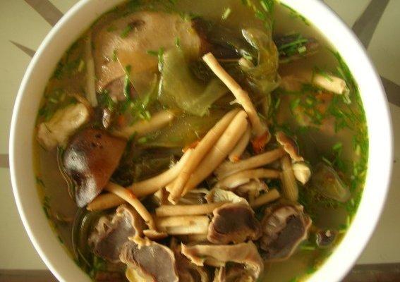 茶树菇老鸭汤的做法