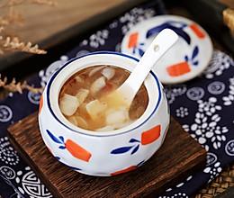 #秋天怎么吃#桃胶皂角米雪燕百合羹的做法