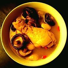 香菇芸豆鸡腿汤