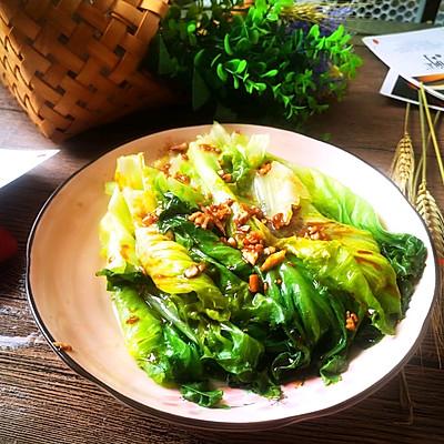 蒜蓉蚝油生菜。