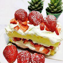 #餐桌上的春日限定#草莓裸蛋糕