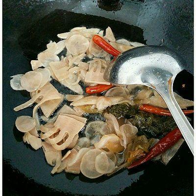 酸菜鱼的做法 步骤3