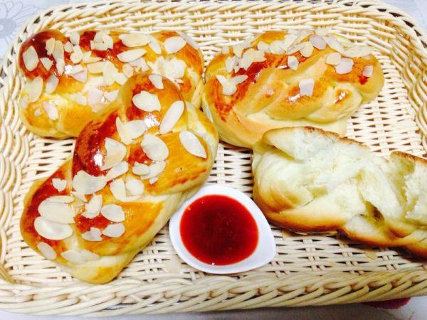 米乳面包的做法