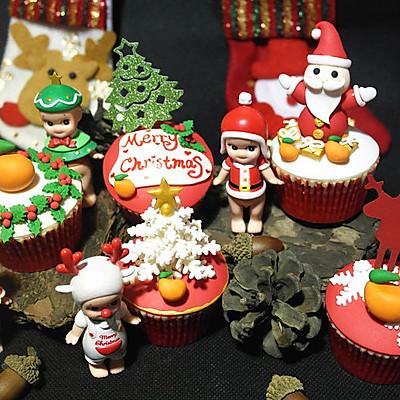豆果陪你过圣诞—小豆子主题翻糖纸杯蛋糕#圣诞烘趴 为爱起烘