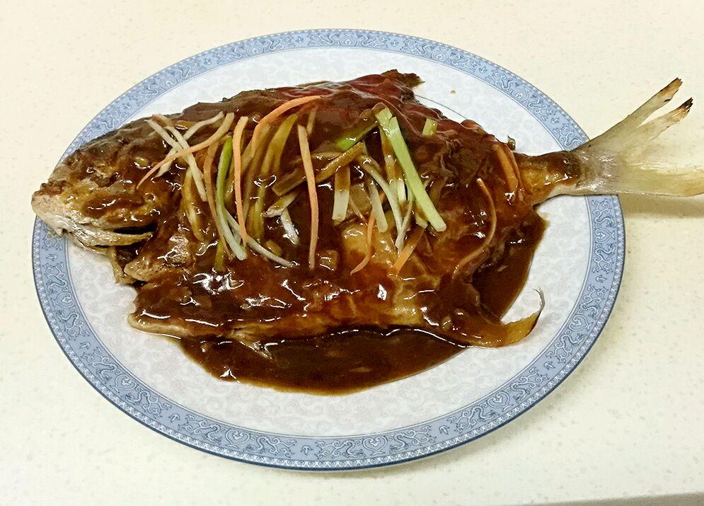红烧菜品完整的留样鲳鱼记录