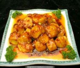 1:日本豆腐切小段备用。的做法