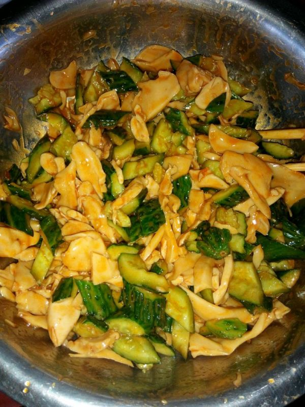 香辣杏鲍菇拌黄瓜的做法