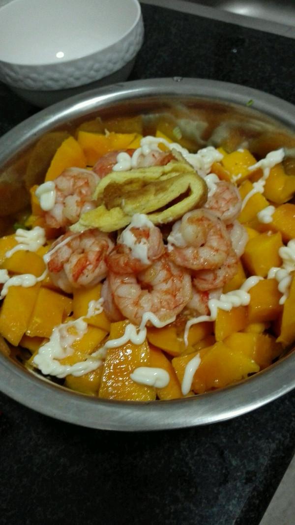 鲜虾芒果沙律的做法