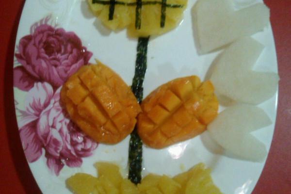 向日葵——创意水果拼盘的做法图片
