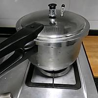 清润糖水:绿豆银耳莲子汤的做法图解4