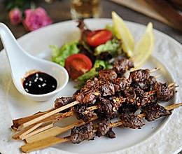 煎烤麻辣孜然澳洲牛肉串的做法