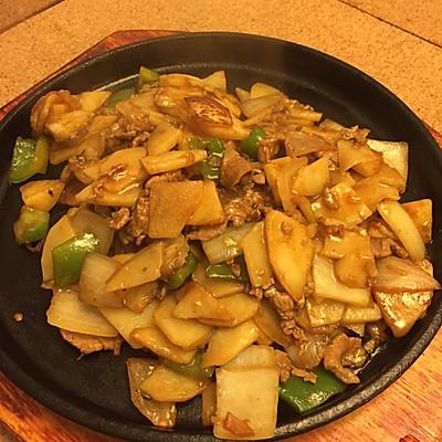 鐵板土豆牛肉片