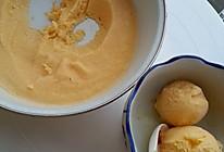 纯牛奶无淡奶油版芒果冰淇淋的做法
