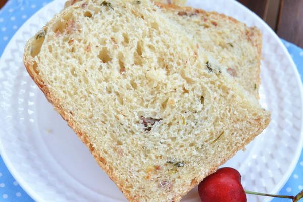 东菱DL-T12面包机试用报告——香葱叉烧吐司的做法