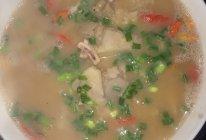 芋头鱿鱼汤的做法