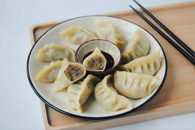 韭菜大肉饺