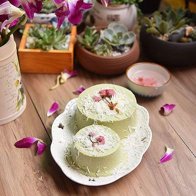 樱花抹茶慕斯蛋糕