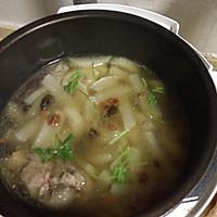 猪骨炖白萝卜红枣枸杞汤电压力锅的做法图解4