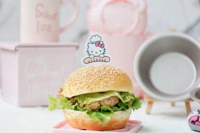 香辣鸡腿汉堡(含面包胚的制作)