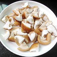 西兰花香菇炒培根的做法图解5