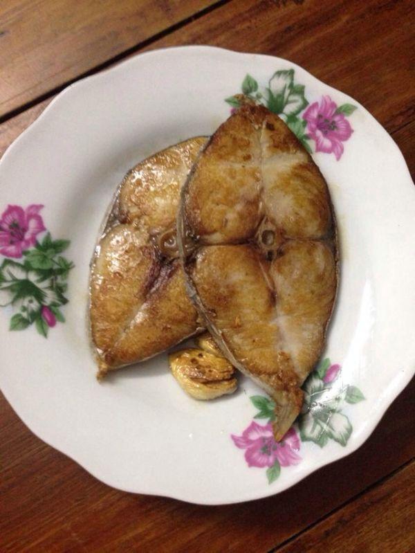 香煎马鲛鱼的做法