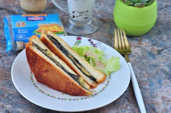 黑芝麻芝心三明治