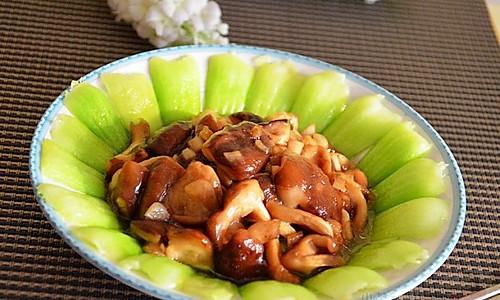 香菇炒油菜的做法