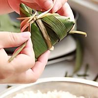 鲜肉鸭蛋黄粽子(内含红豆大枣口味)的做法图解15